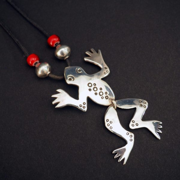 """Dangle Frog"" by Cippy Crazy Horse"