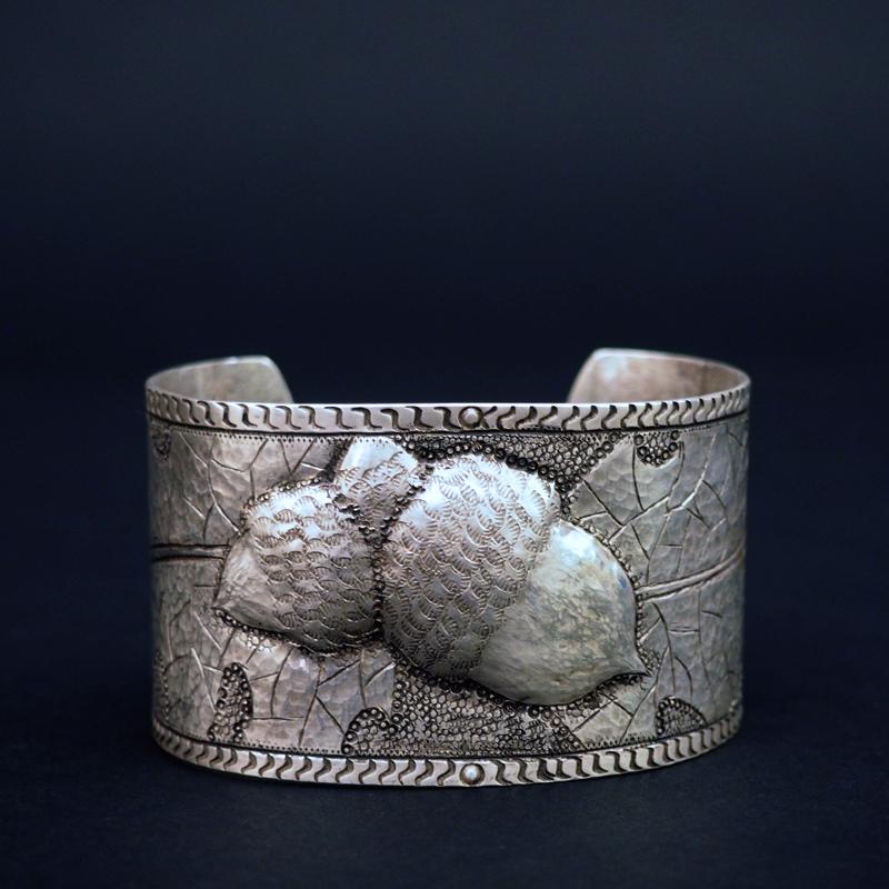 """""""Ooti-Acorn"""" Bracelet by Liz Wallace"""
